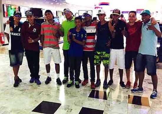 rolezinho-em-shopping-racismo-brasil-juventude