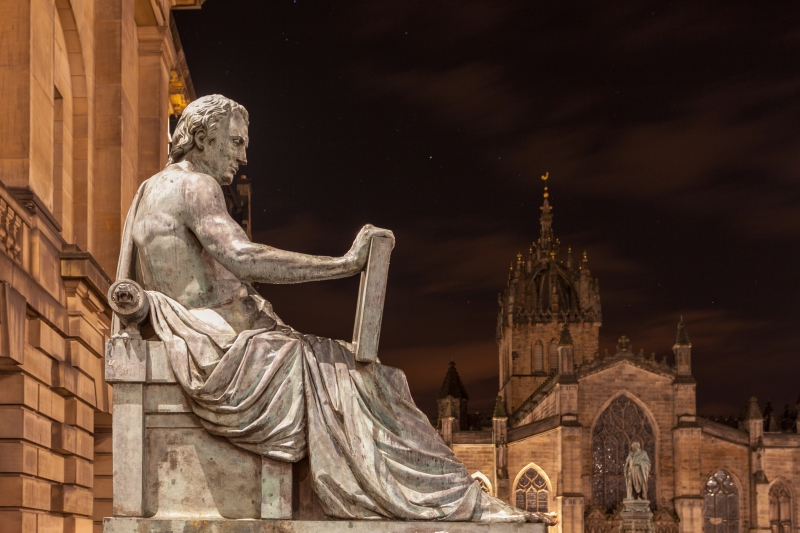 Estátua de Hume, Alexander Stoddart, Royal Mille, Edimburgo